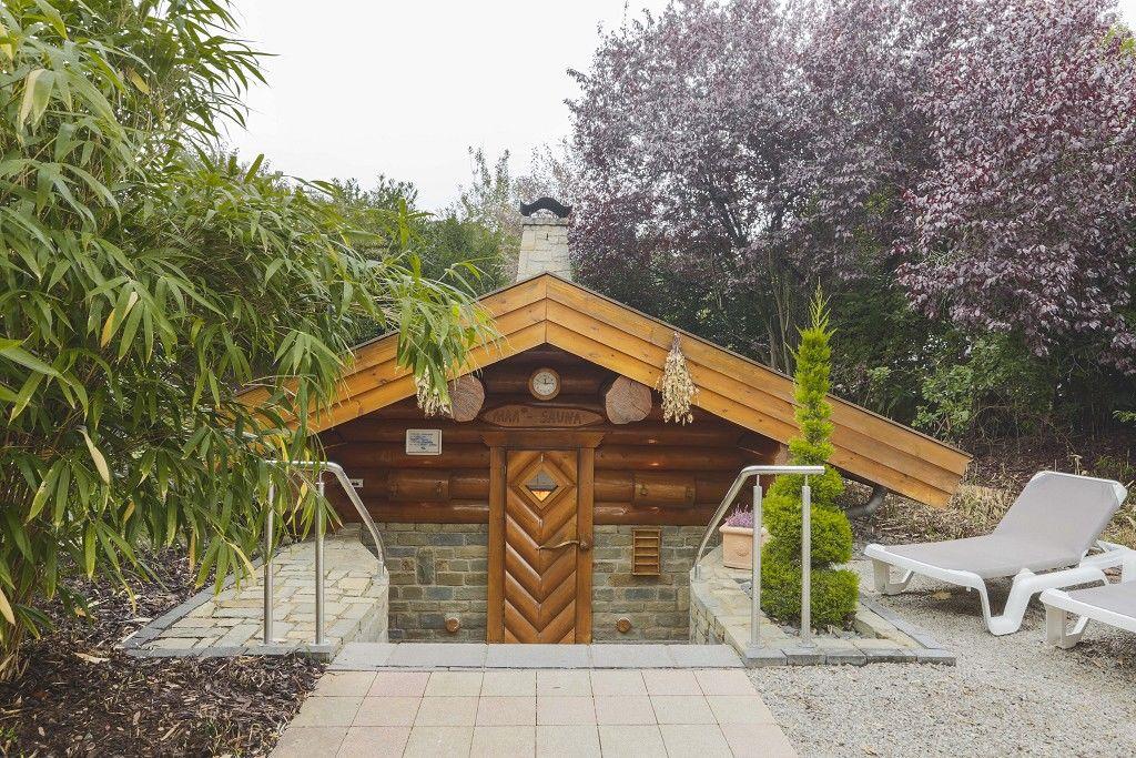 Außensauna im CASCADE Bitburg - Erlebnisbad mit Saunawelt